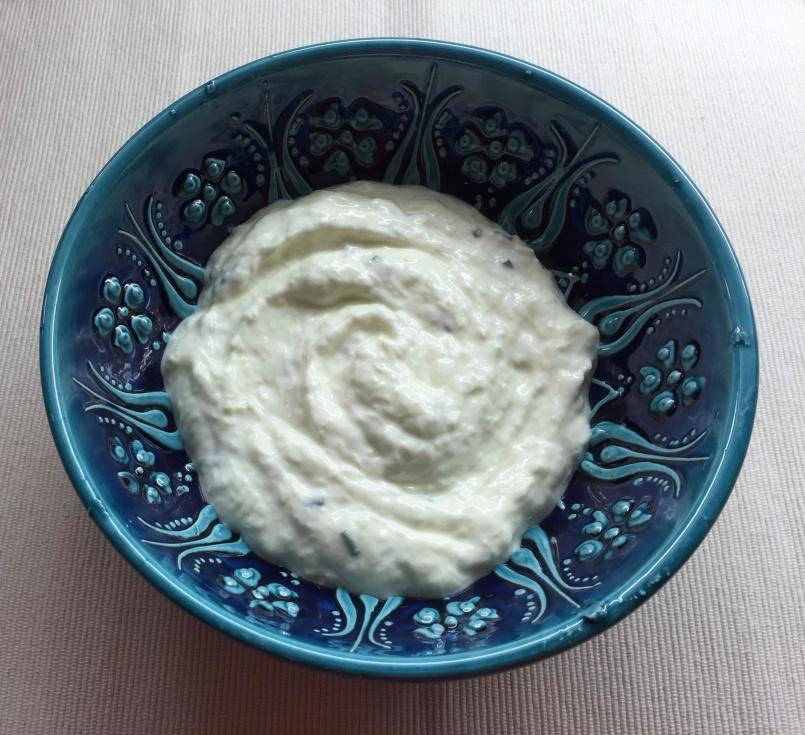 FOOD-Insalata Greca e Tzatziki.1