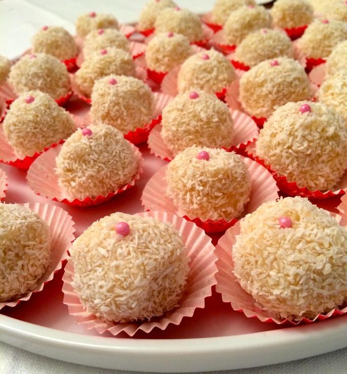 FOOD.Palline-di-cioccolato-bianco-e-cocco-2