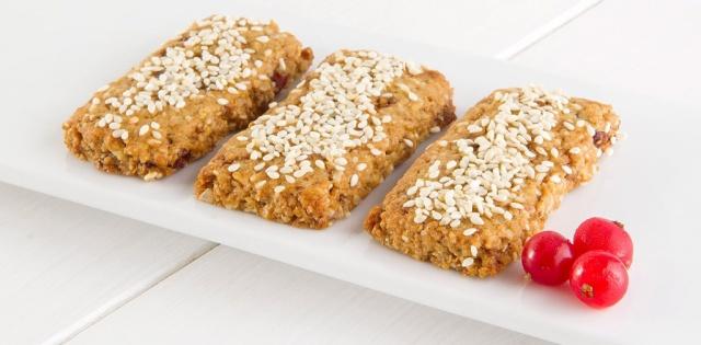 barrette-sesamo-e-miele-ricette-spuntini-sani-equilibrio-pilates-imola-1024x504