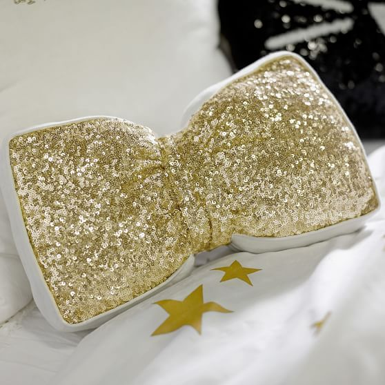 the-emily-meritt-sequin-bow-pillow-c